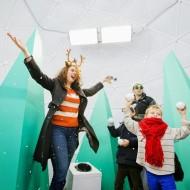 FREE Family Entertainment: Life-Size Snow Globe at the Annapolis Mall (DC) Thru December 24th