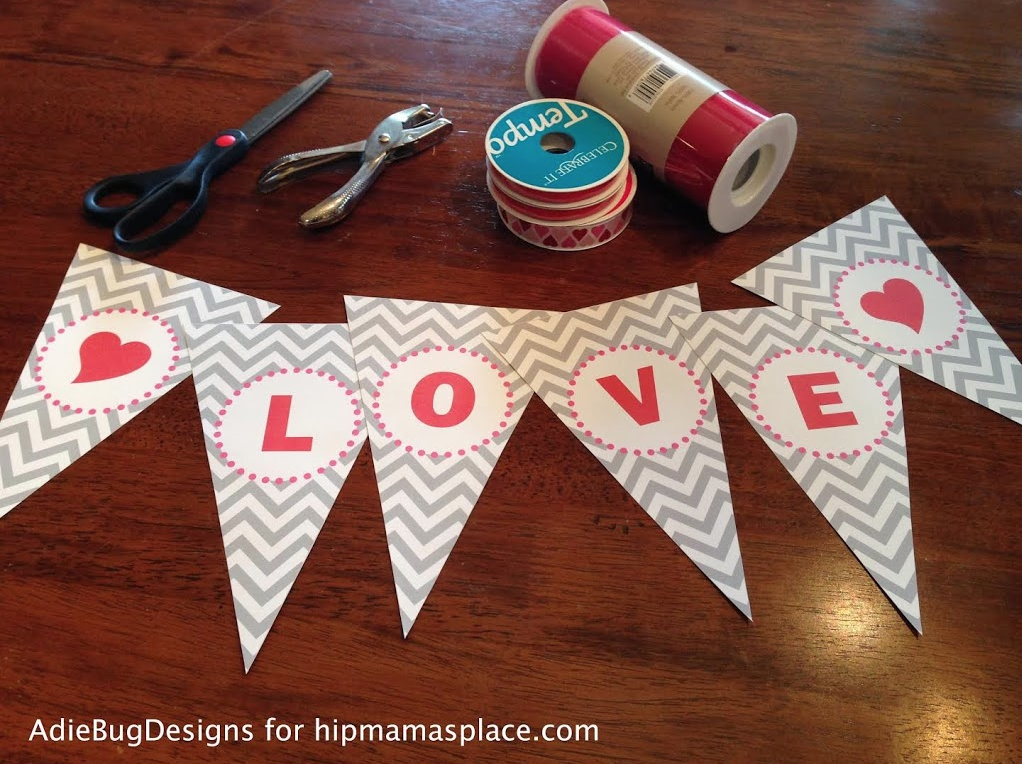Get your FREE Printable Love Banner here!