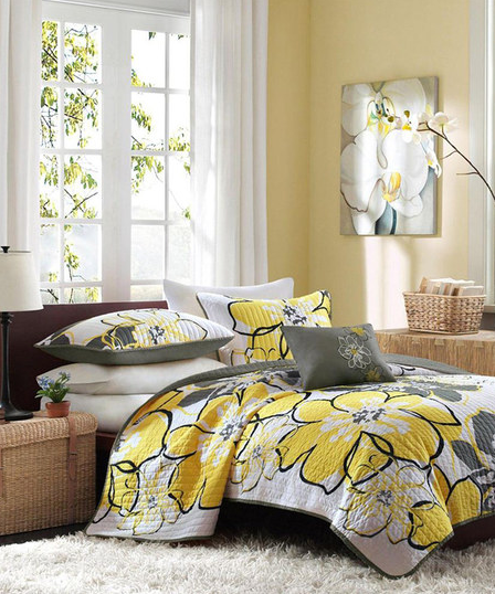 Spring and summer home decor trend decorate with for Home decor 70 off