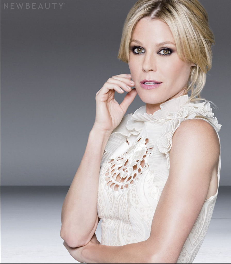 Julie Bowen Weight Measurements Newhairstylesformen2014 Com