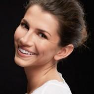 The Secrets to Nailing Minimal Makeup