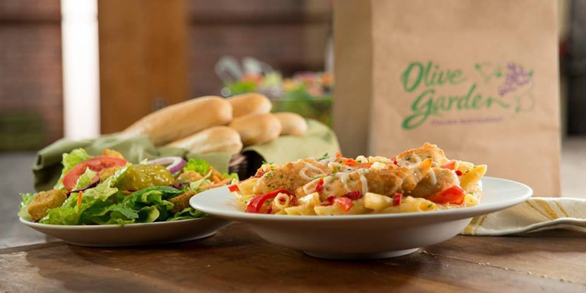 Restaurant Deals: Olive Garden, Outback Steakhouse and Steak Escape ...