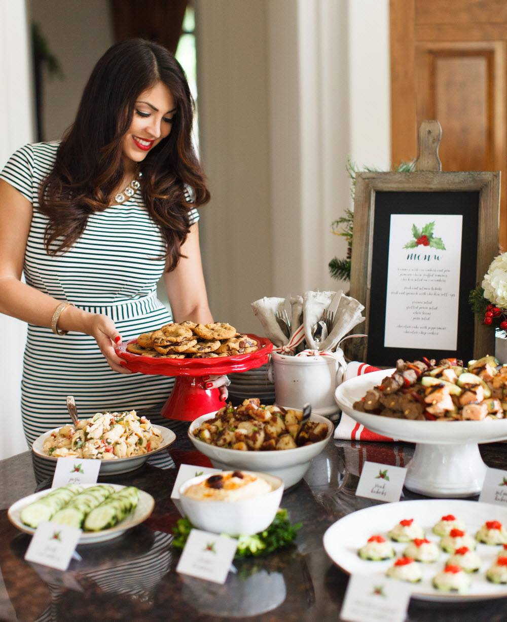 Zoe Kitchen: Holiday Selfless Giving With Zoës Kitchen + Gift Bag