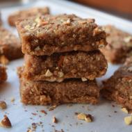No-Bake Peanut Butter Protein Pretzel Bars