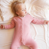 Tips for Getting Baby to Sleep Through the Night + Huggies Overnites Giveaway!