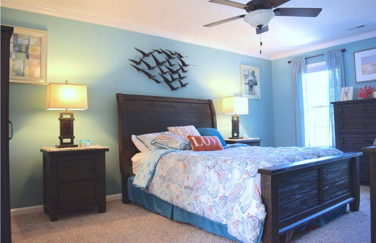 Bringing the Ocean Into Our Bedroom with Olympic Paints  #BringOnTheColor