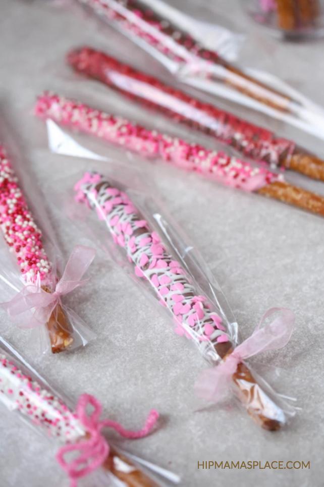 homemade chocolate covered pretzels Valentine's