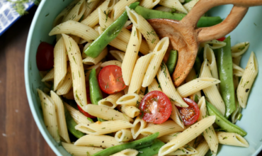 Penne Pasta Salad with Green Beans and Tomatoes