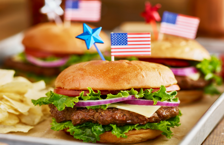 8 Ideas for a Fun and Affordable Memorial Day