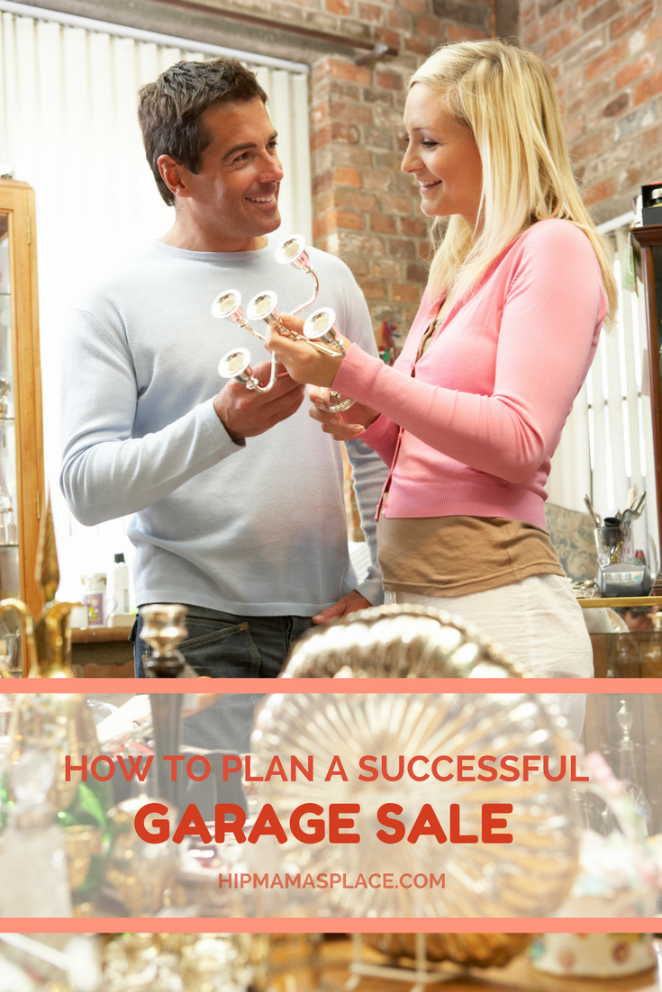Planning to have a garage sale? Here are ideas on how to plan a successful garage sale!