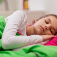 Back to School Sleep Tips + Online Bedtime Calculator #MakeTime2Sleep