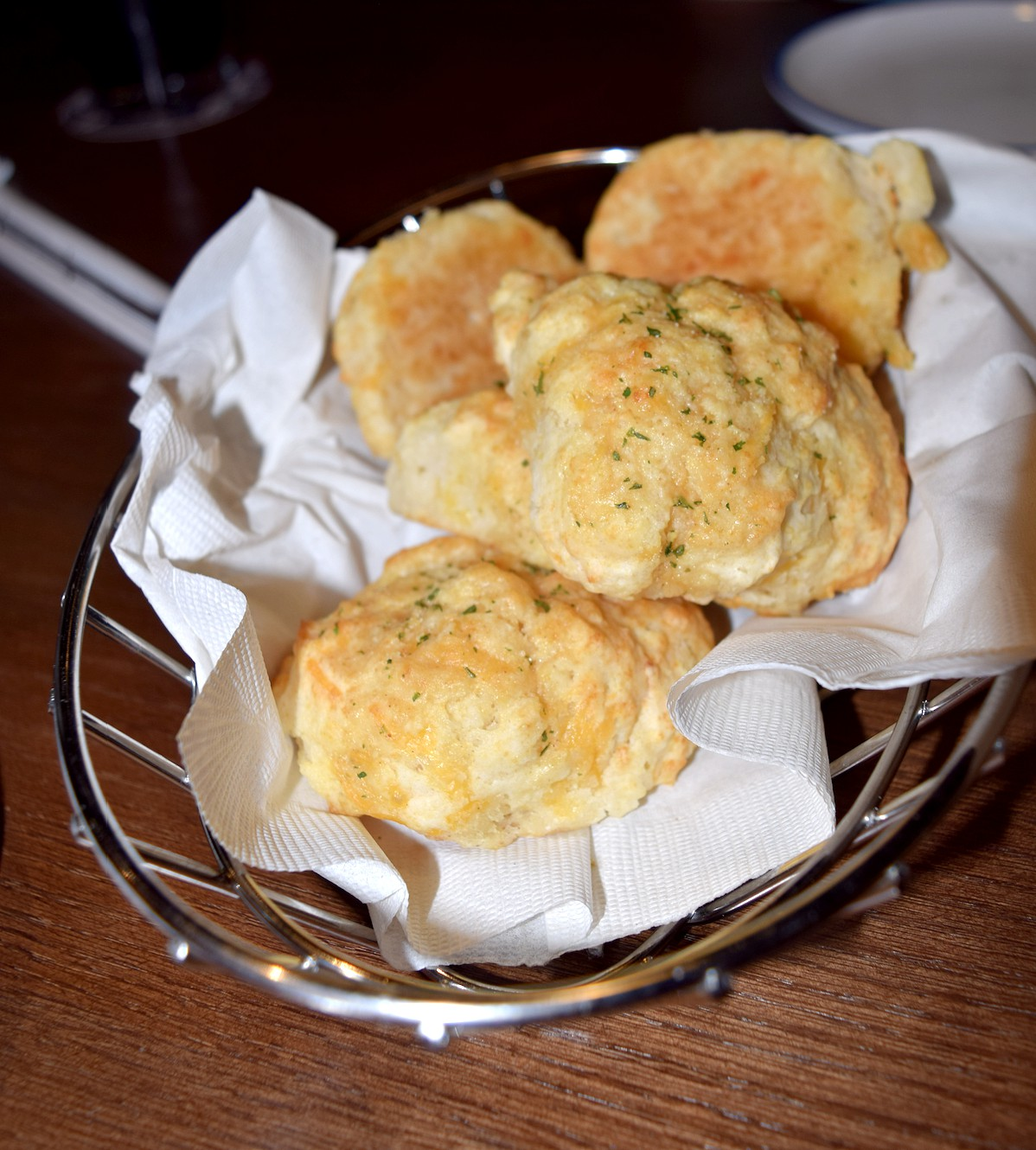 These cheesy biscuits starters from Red Lobster in Manassas, Virginia are my faves!