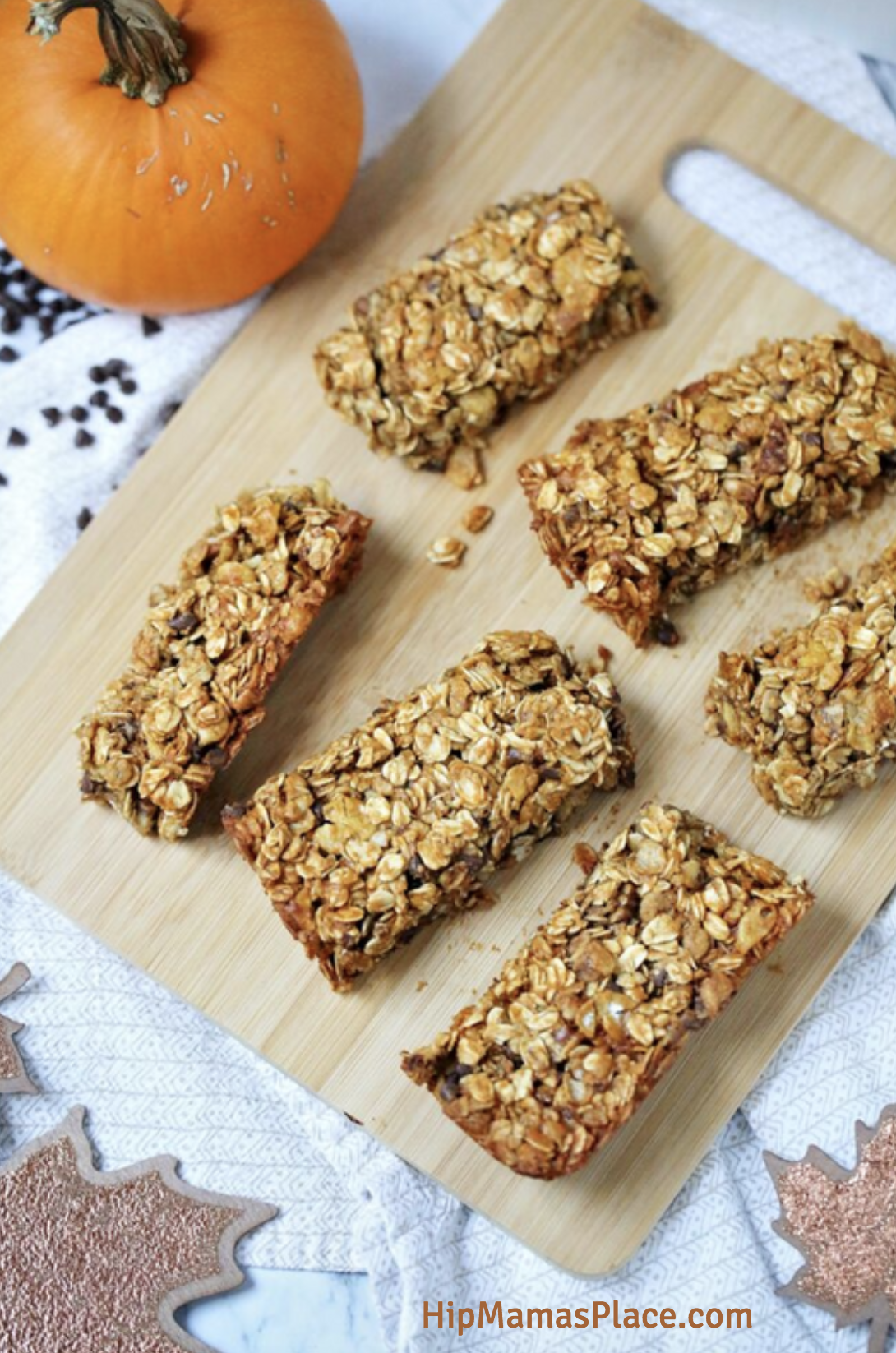 Pumpkin-Almond Chocolate Chip Granola Bars made with Honey Bunches of Oats® with Almonds