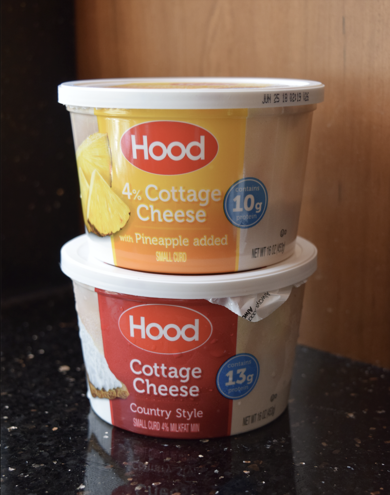 Hood Cottage Cheese is so creamy and has perfectly blended flavors with each bite.  And if you're anything like me and you look at the nutrition labels before you buy a product, you'll be glad to know that Hood Cottage Cheese is a great source of calcium and is packed with 10+ grams of protein per serving!