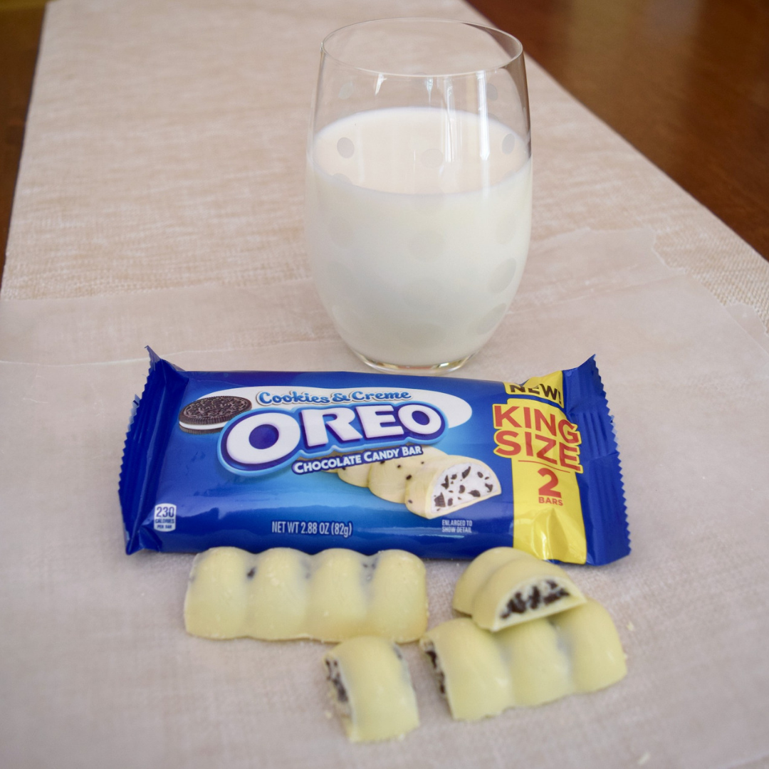 Seriously, the new OREO Cookies & Crème Chocolate Bar is the perfect way to treat yourself!