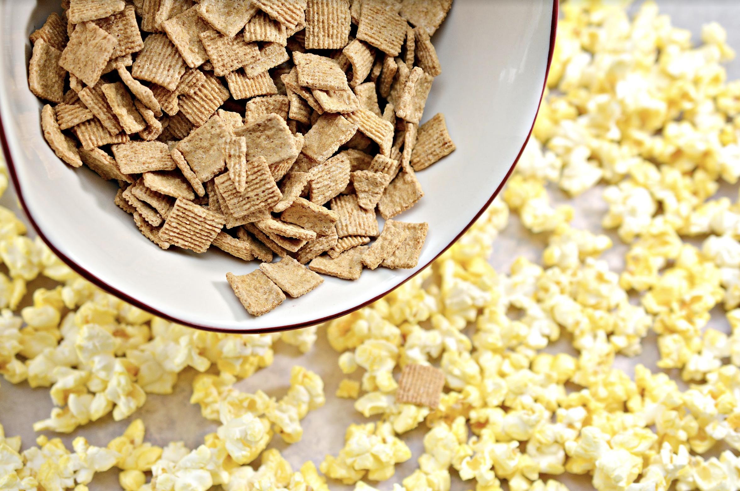 How to make S'mores Caramel Popcorn
