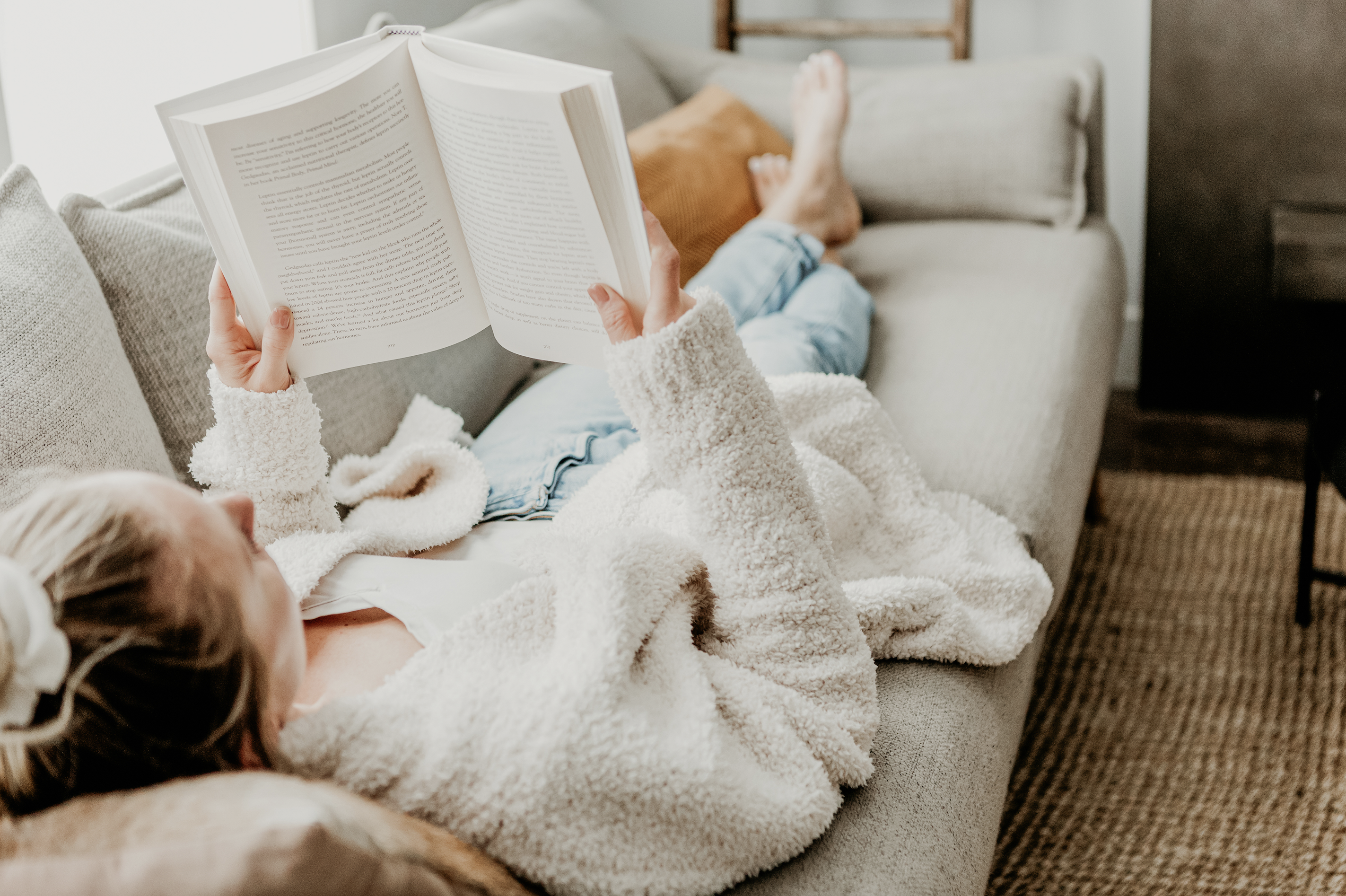 If you find yourself wandering around aimlessly during the coronavirus pandemic, this article offers a list of things you can do while you're stuck at home so you can still thrive.
